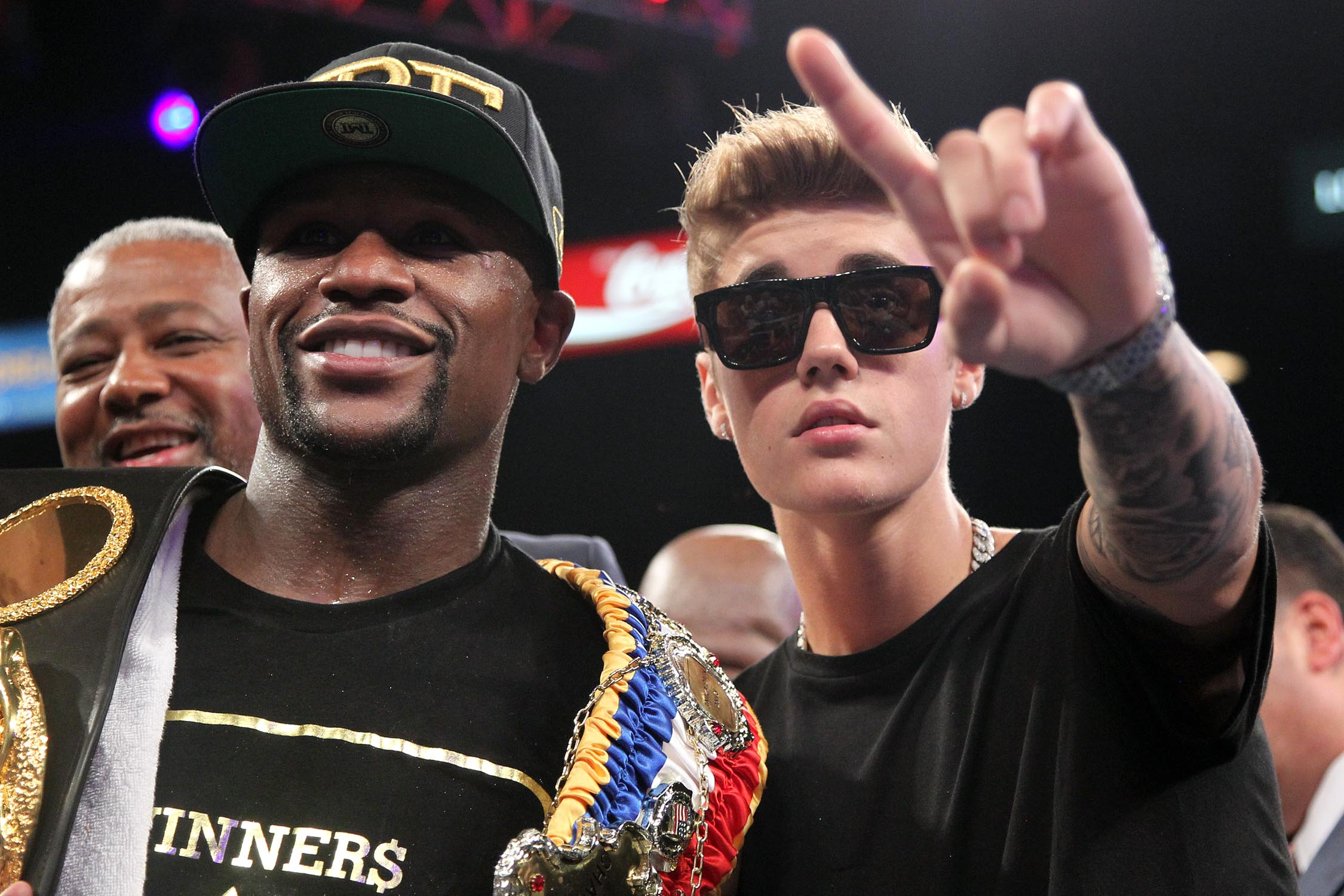 Floyd Money Mayweather Justin Bieber after Canelo fight